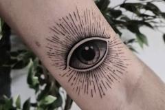 Raya-Eye-11.6.20-1